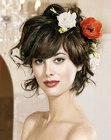capelli per cerimonia – short hair with flowers