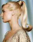 acconciature occasioni formali - high ponytail