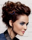 acconciature moderne – loose upstyle with curls
