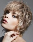 capelli corti - carefree short hair