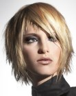 tagli corti – short hair with layers