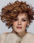capelli corti - asymmetrical curls hairstyle