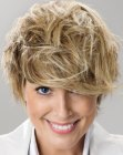 nuove acconciature - short tousled hairstyle