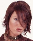 acconciature corte – modern semi-short hairstyle
