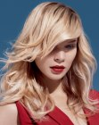 tagli capelli lunghi - long beach blonde hair