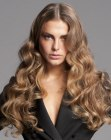tagli lunghi - long hair with waves and curls
