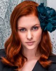capelli lunghi - long red hair with a flower