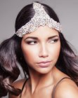 tagli lunghi - triangular hairpiece