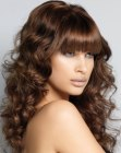 tagli lunghi - long hair with bouncy curls