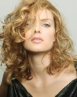 tagli per capelli lunghi - long hair style with curls