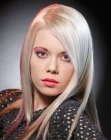 tagli lunghi - long sleek blonde hair