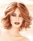 tendenze per capelli - wavy medium long bob
