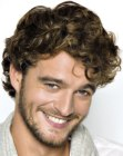 acconciature per uomini - curled hair for men