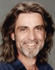 acconciature uomo – long hair for older men