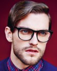 acconciature per ragazzi - male look with glasses