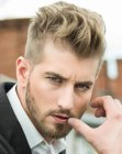 tagli per uomini - highlighted mens hair