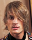 acconciature uomo – trendy medium length men's haircut